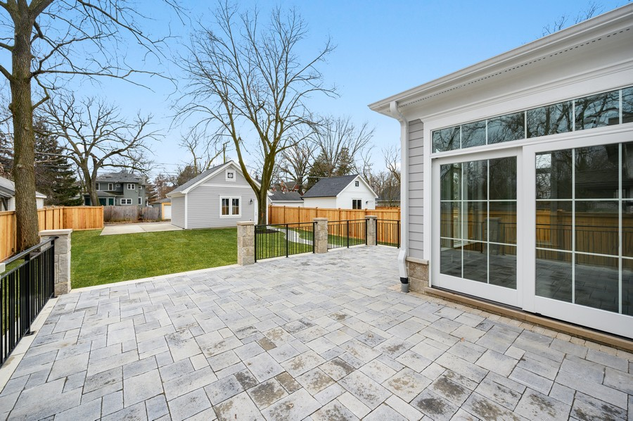 Real Estate Photography - 1119 Forest Ave, Wilmette, IL, 60091 - Stone Terrace