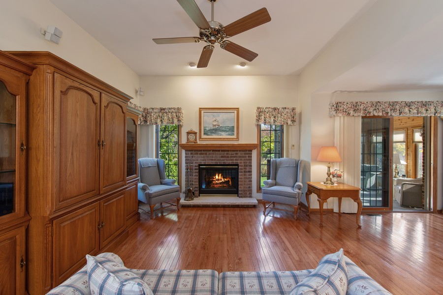 Real Estate Photography - 12219 Spire Drive, Lemont, IL, 60439 - Living Room