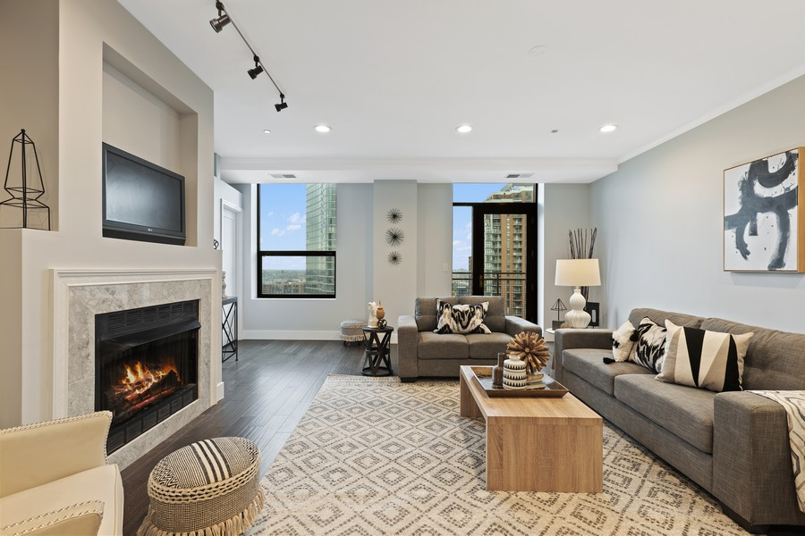 Real Estate Photography - 910 S Michigan Ave, Unit 1612, Chicago, IL, 60605 - Living Room