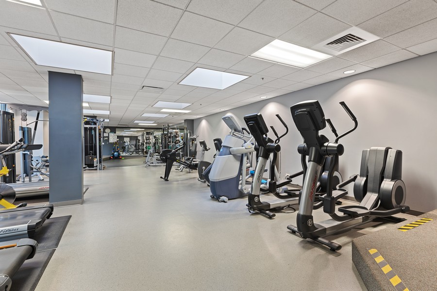 Real Estate Photography - 910 S Michigan Ave, Unit 1612, Chicago, IL, 60605 - Exercise Room