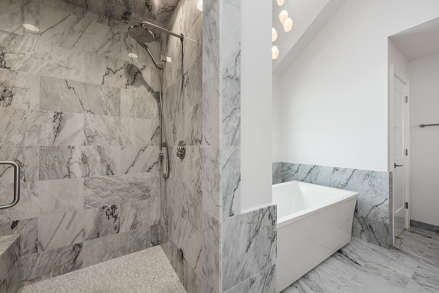 Real Estate Photography - 4100 N Oakley Ave, Chicago, IL, 60618 - Master Bathroom