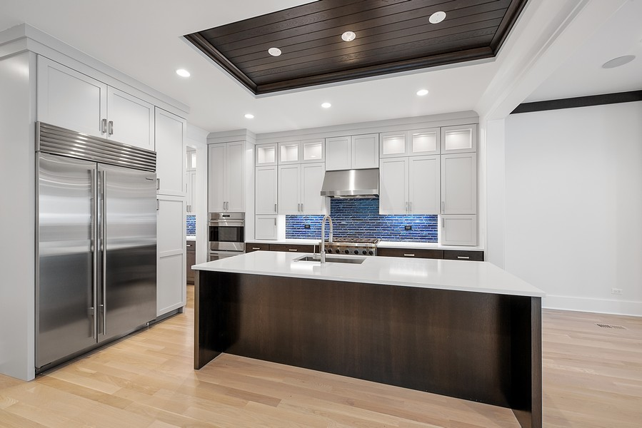 Real Estate Photography - 4100 N Oakley Ave, Chicago, IL, 60618 - Kitchen