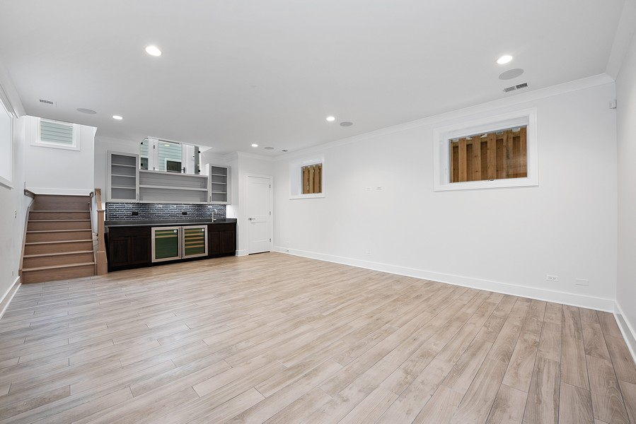 Real Estate Photography - 4100 N Oakley Ave, Chicago, IL, 60618 - Family Room