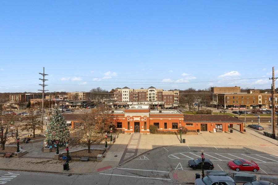 Real Estate Photography - 945 Burlington Ave, Unit 404, Downers Grove, IL, 60515 - View