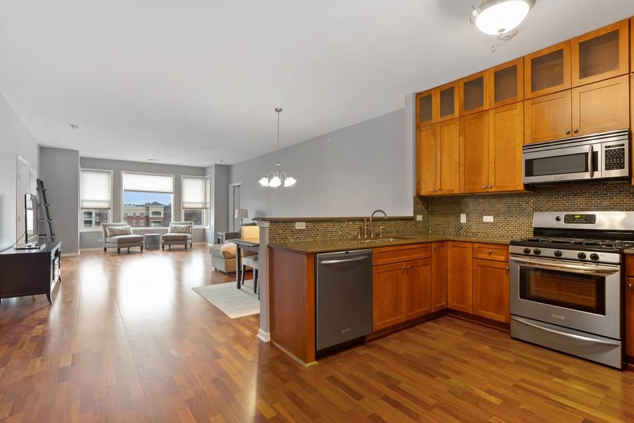 Real Estate Photography - 945 Burlington Ave, Unit 404, Downers Grove, IL, 60515 - Kitchen
