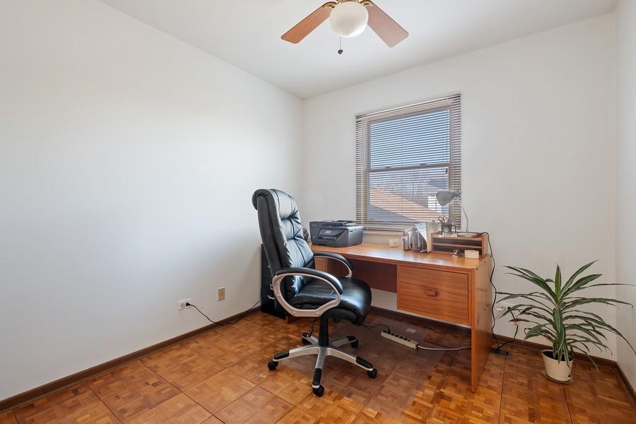 Real Estate Photography - 1201 Lockwood, Buffalo grove, IL, 60089 - 4th Bedroom