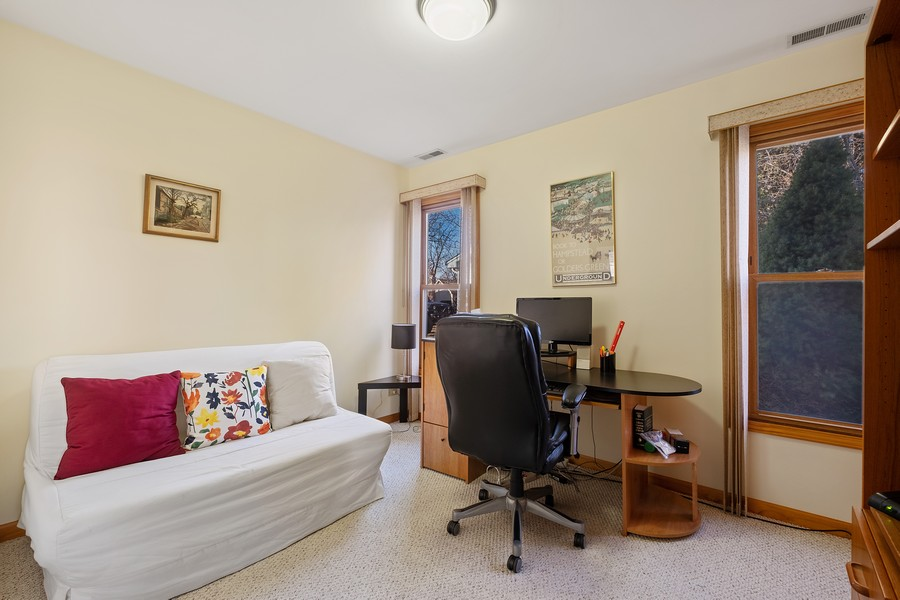 Real Estate Photography - 1201 Lockwood, Buffalo grove, IL, 60089 - Bedroom