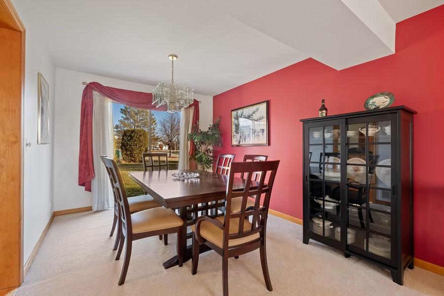 Real Estate Photography - 1201 Lockwood, Buffalo grove, IL, 60089 - Dining Room