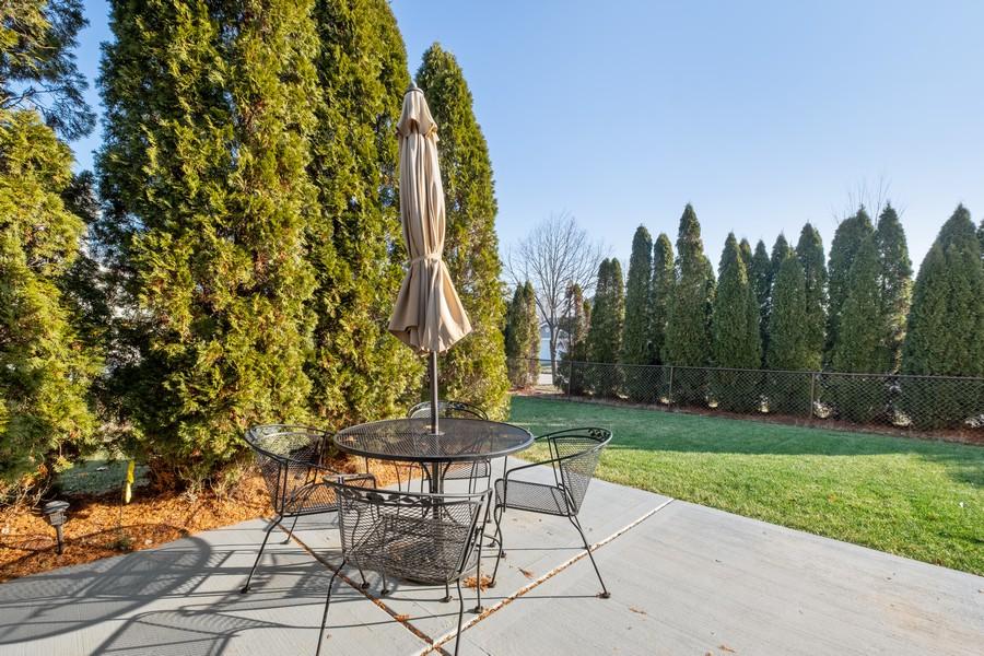 Real Estate Photography - 1201 Lockwood, Buffalo grove, IL, 60089 - Patio