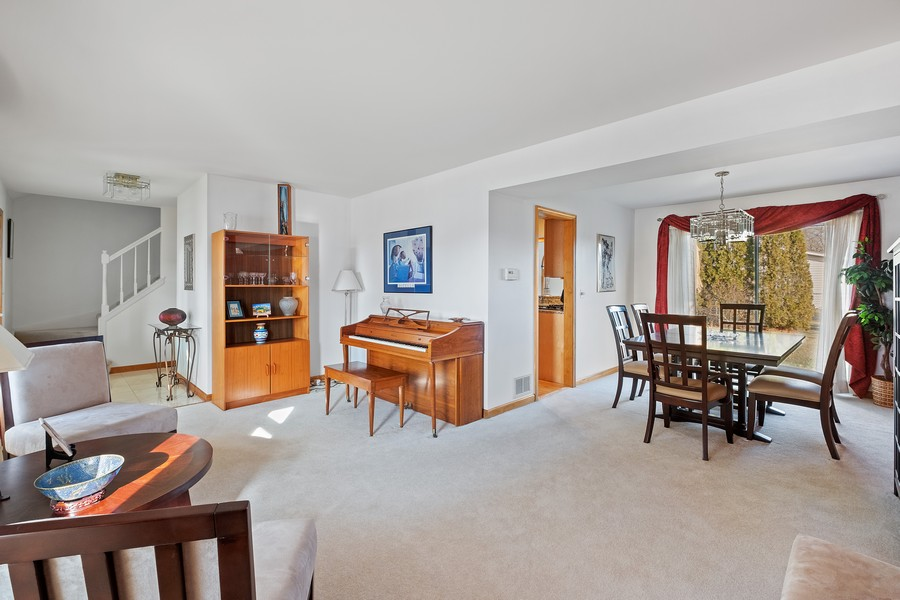 Real Estate Photography - 1201 Lockwood, Buffalo grove, IL, 60089 - Living Room / Dining Room