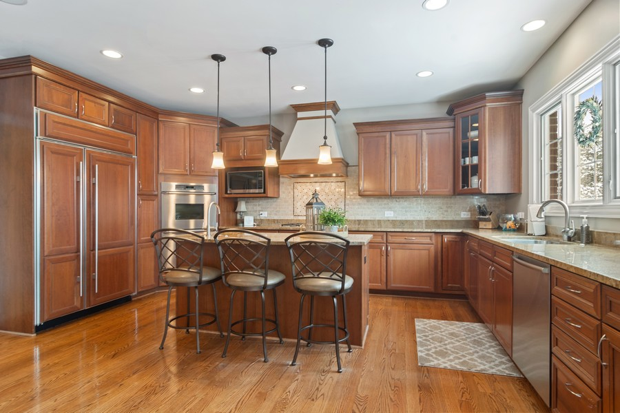 Real Estate Photography - 770 John Ct, Lake Zurich, IL, 60047 - Kitchen