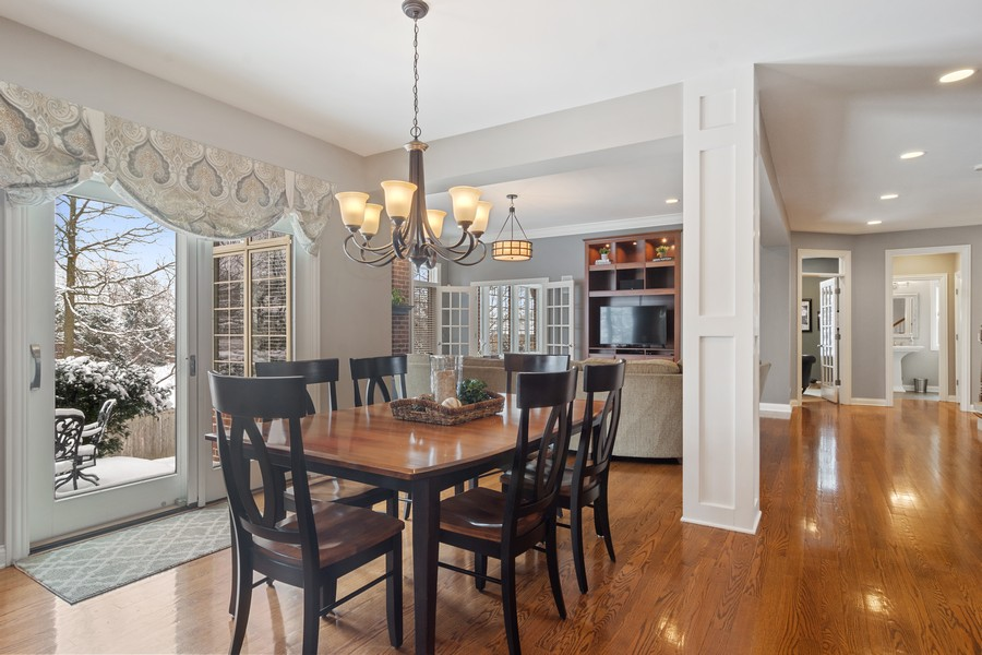 Real Estate Photography - 770 John Ct, Lake Zurich, IL, 60047 - Breakfast Nook