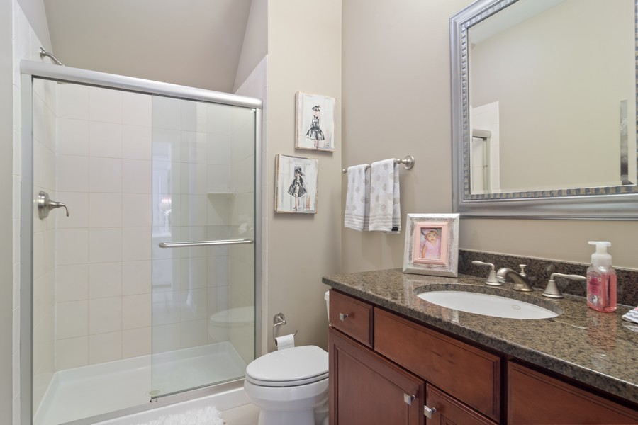 Real Estate Photography - 770 John Ct, Lake Zurich, IL, 60047 - 2nd Bathroom