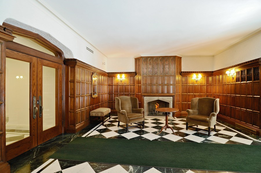 Real Estate Photography - 20 E Cedar, Unit 10C, Chicago, IL, 60611 - Location 14