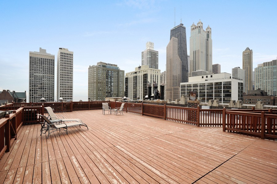 Real Estate Photography - 20 E Cedar, Unit 10C, Chicago, IL, 60611 - Location 19