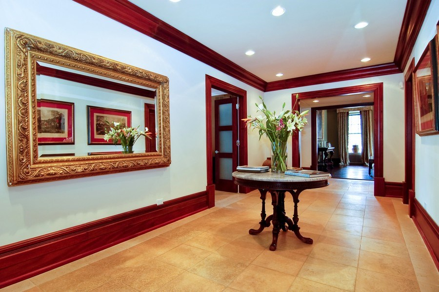 Real Estate Photography - 20 E Cedar, Unit 10C, Chicago, IL, 60611 - Foyer