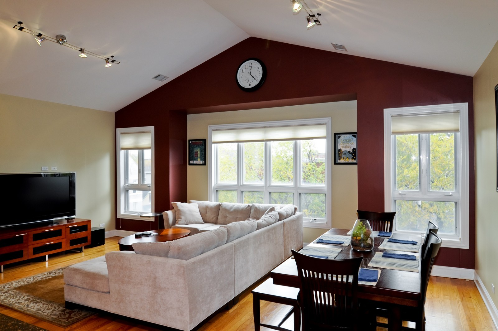 Real Estate Photography - 1957 W. Dickens Ave., 4, CHicago, IL, 60614 - Living Room