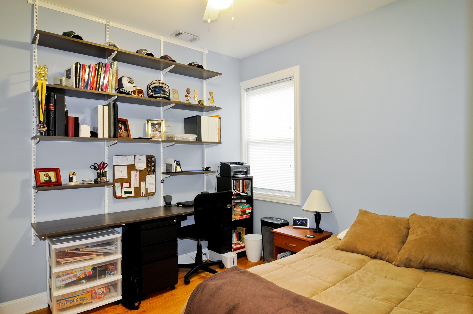 Real Estate Photography - 1957 W. Dickens Ave., 4, CHicago, IL, 60614 - Bedroom