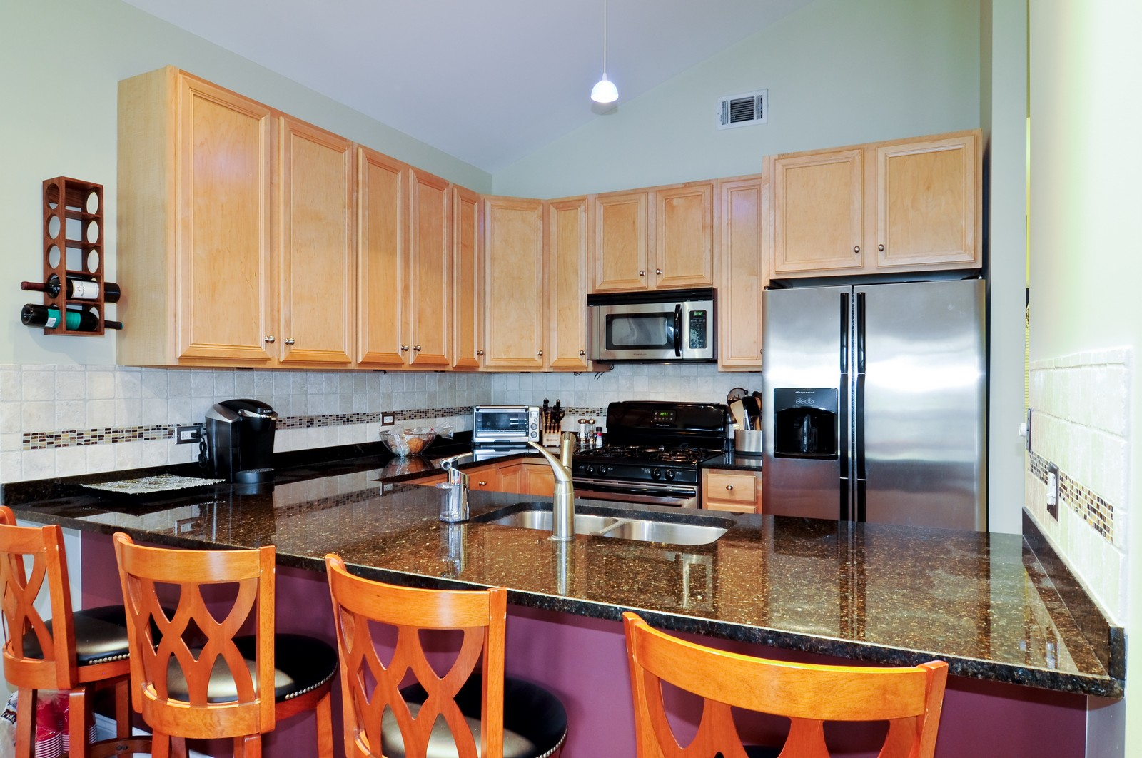 Real Estate Photography - 1957 W. Dickens Ave., 4, CHicago, IL, 60614 - Kitchen