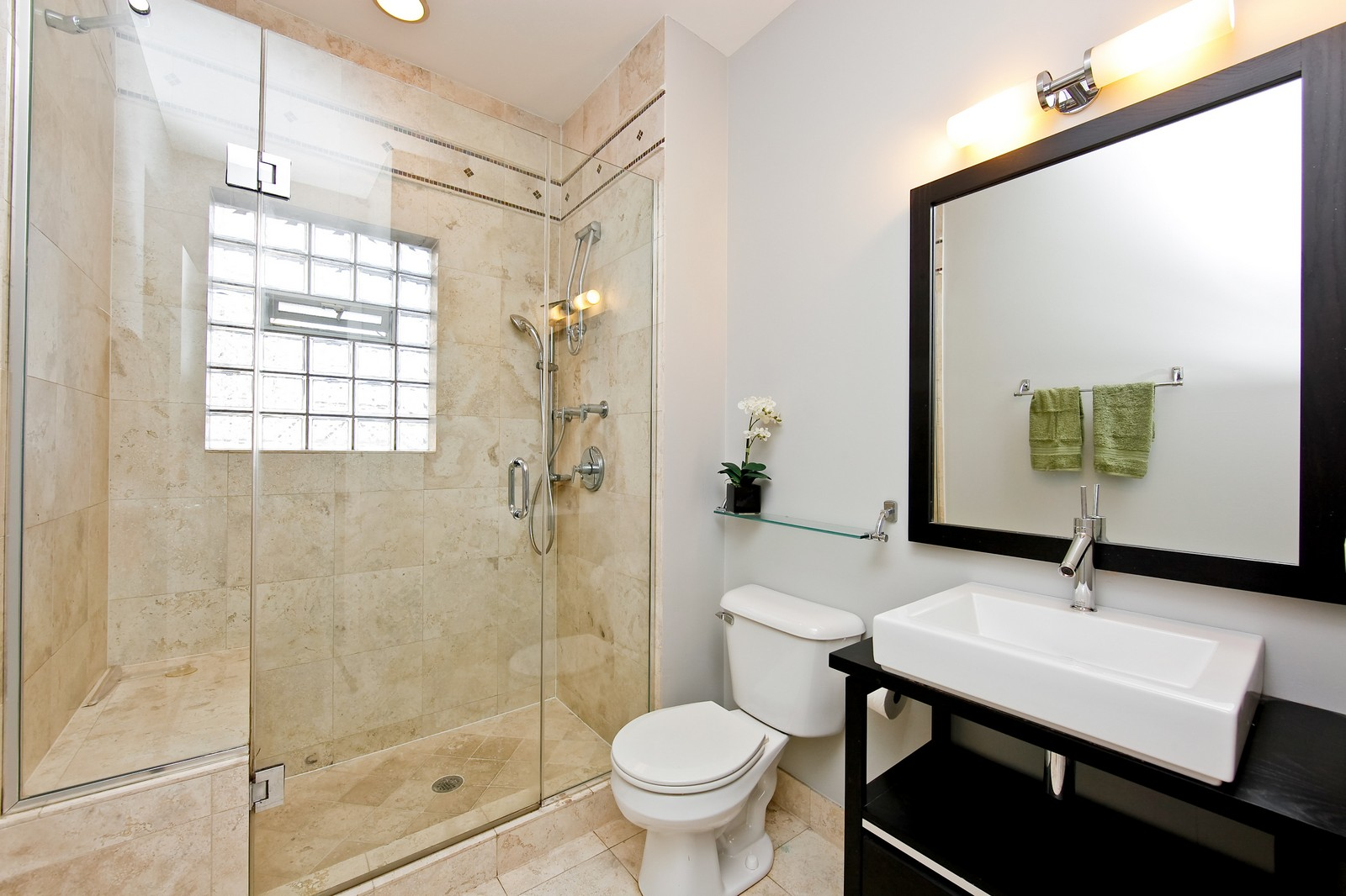 Real Estate Photography - 915 N. Racine Ave, 1NW, Chicago, IL, 60622 - Master Bathroom