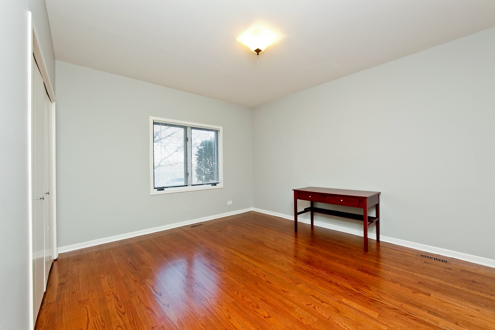Real Estate Photography - 915 N. Racine Ave, 1NW, Chicago, IL, 60622 - Master Bedroom