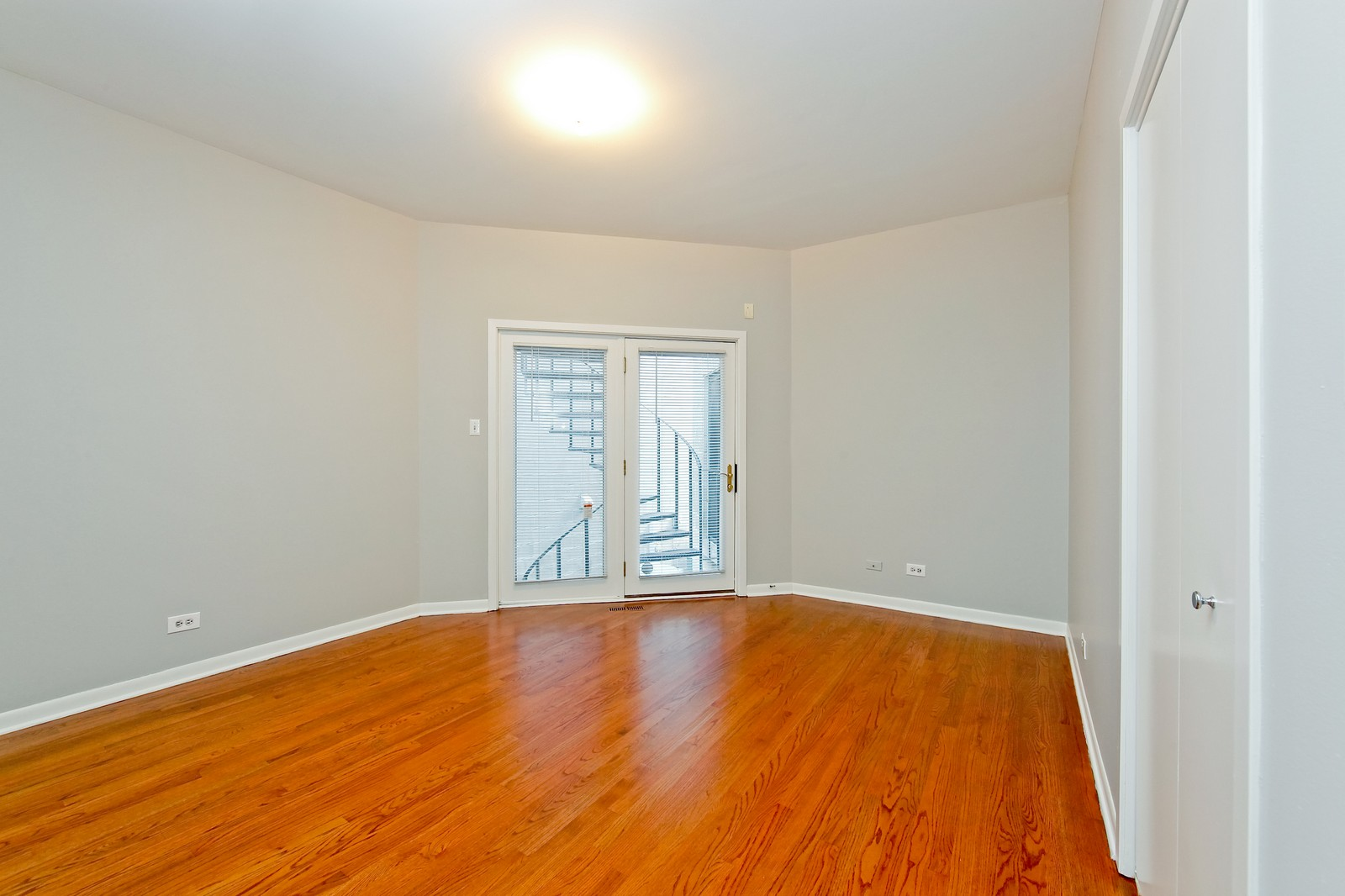 Real Estate Photography - 915 N. Racine Ave, 1NW, Chicago, IL, 60622 - 2nd Bedroom