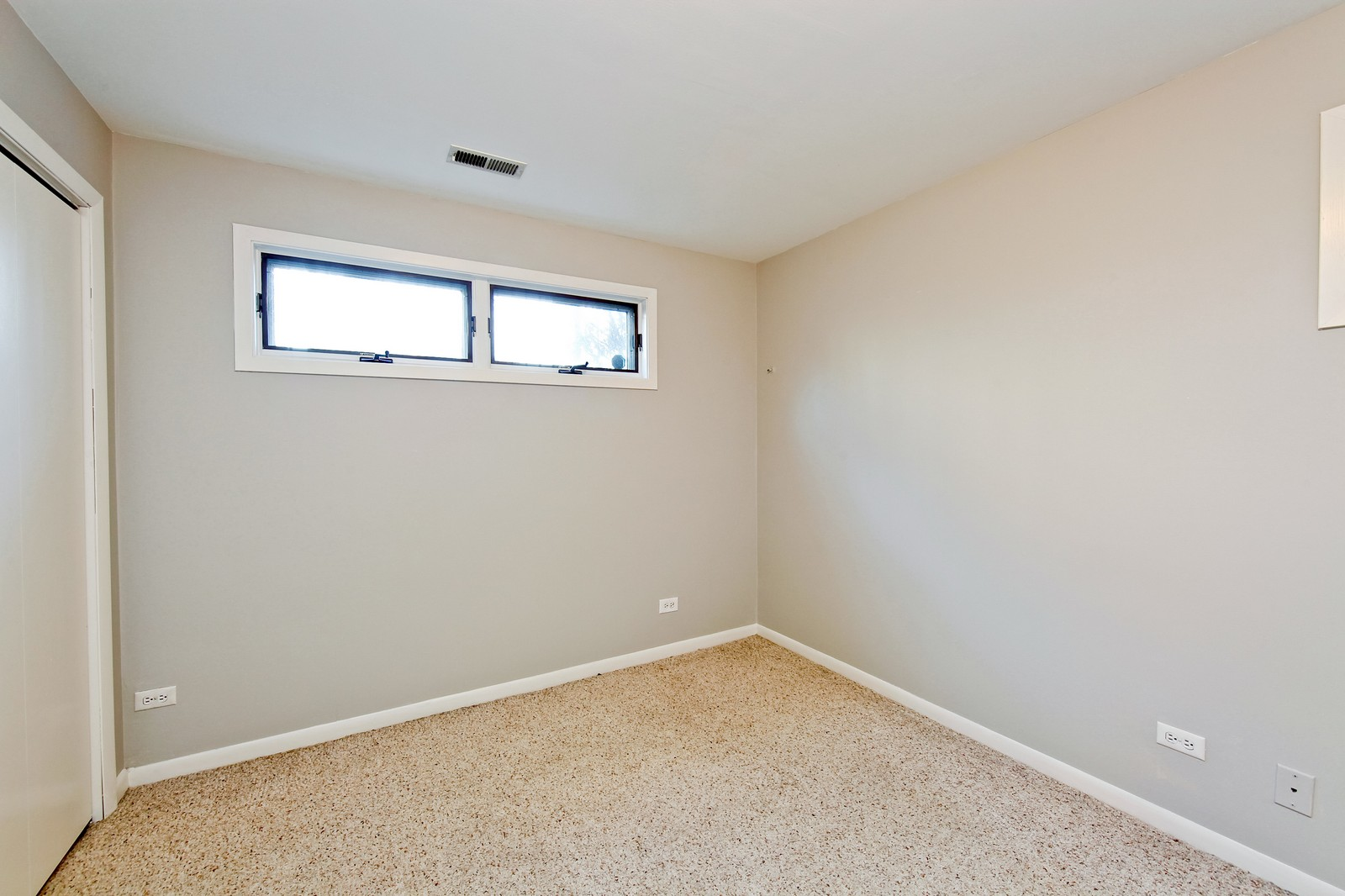 Real Estate Photography - 915 N. Racine Ave, 1NW, Chicago, IL, 60622 - 3rd Bedroom