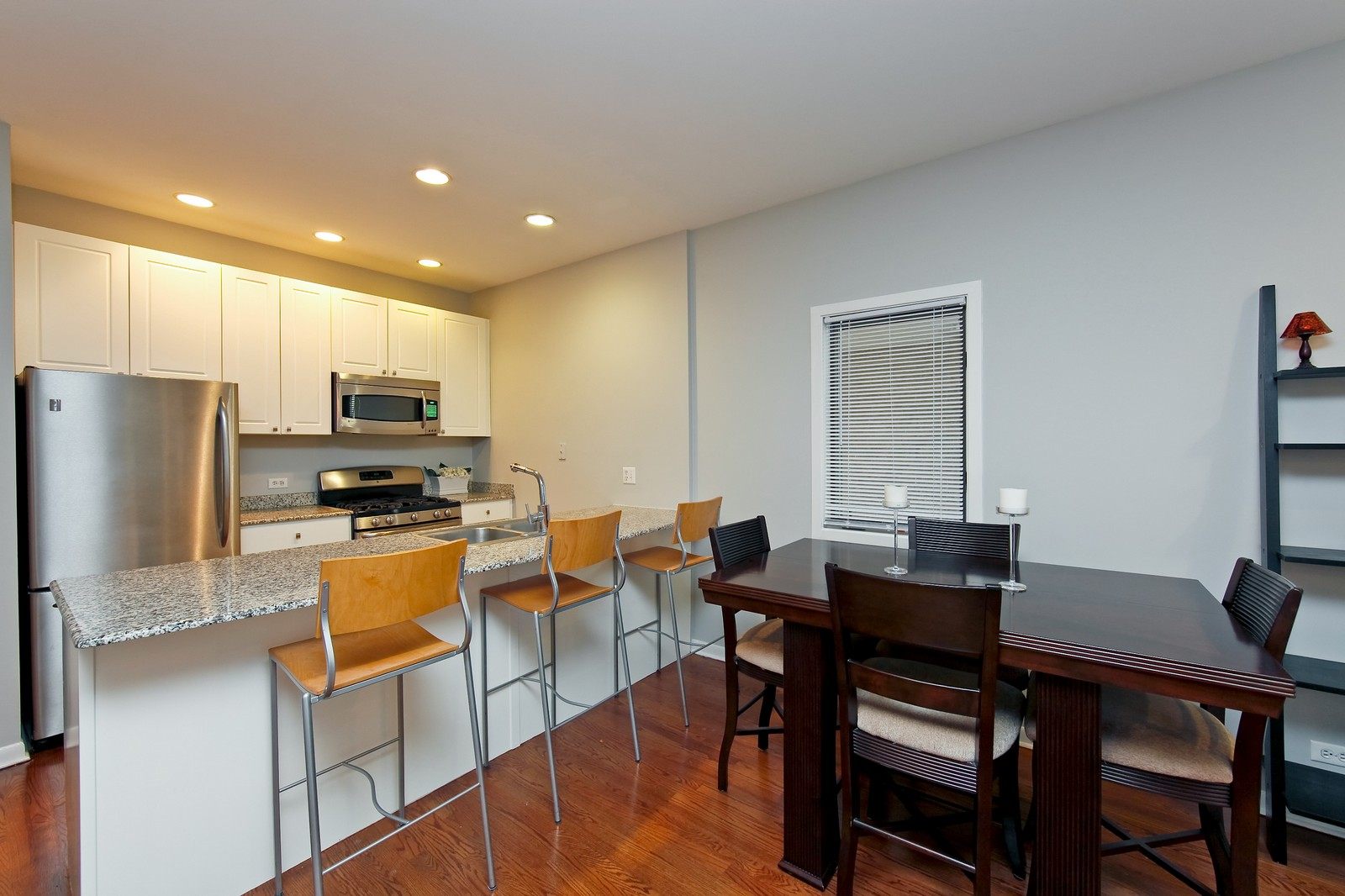 Real Estate Photography - 915 N. Racine Ave, 1NW, Chicago, IL, 60622 - Kitchen / Dining Room