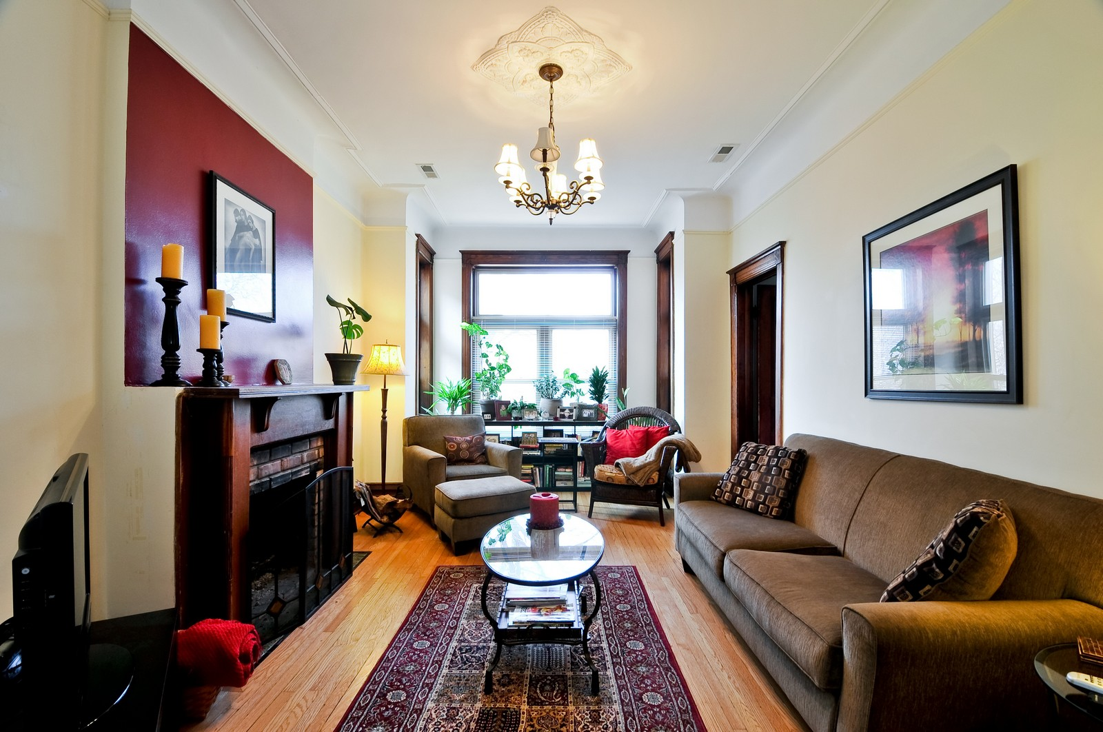 Real Estate Photography - 3127 N Racine, Chicago, IL, 60657 - Living Room