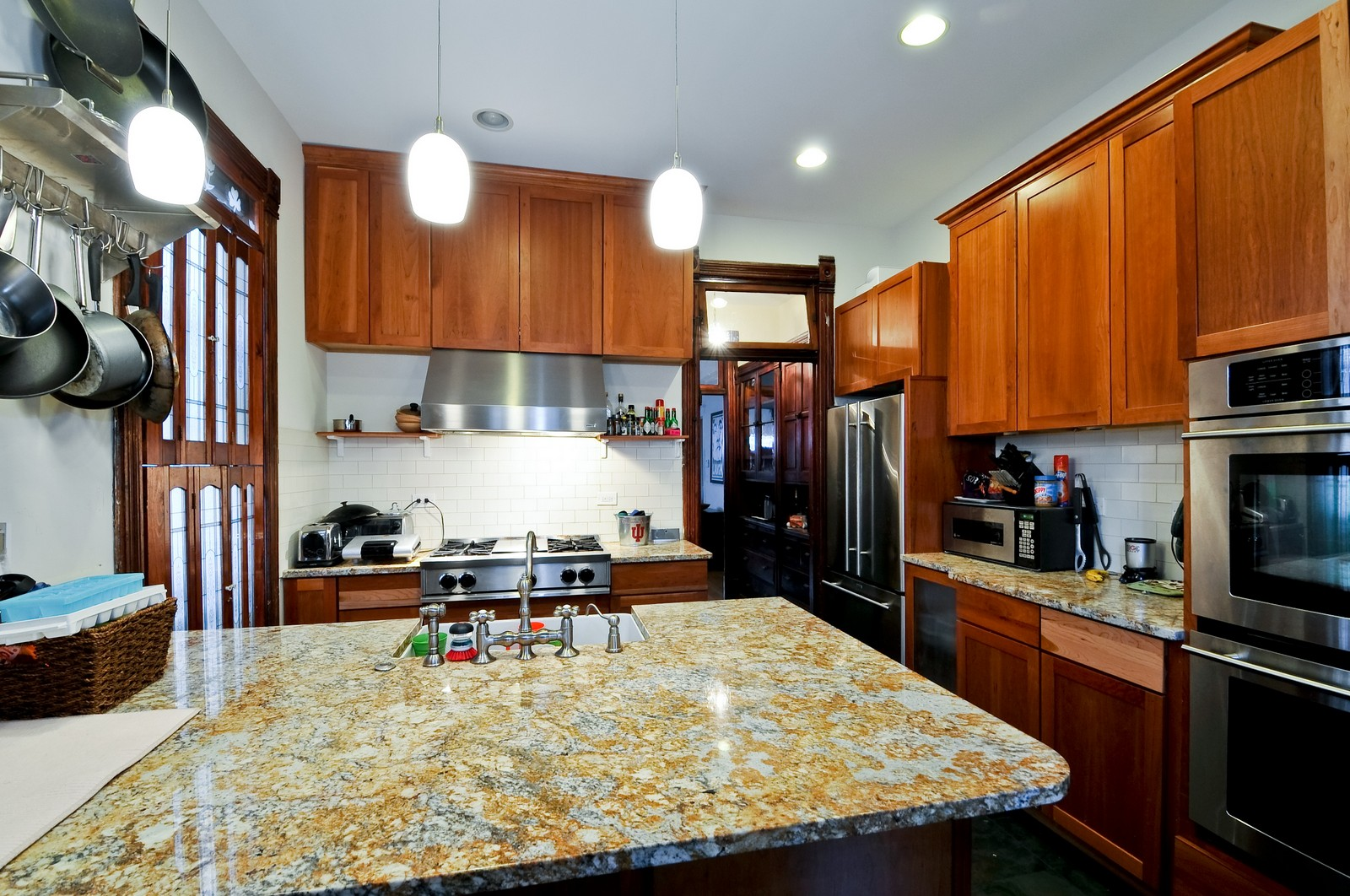 Real Estate Photography - 3127 N Racine, Chicago, IL, 60657 - Kitchen