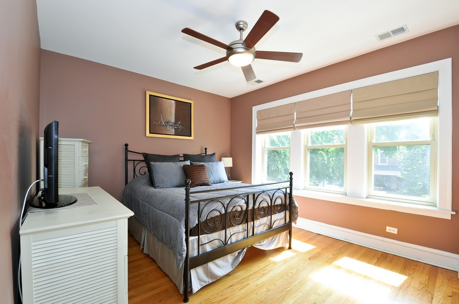 Real Estate Photography - 1928 W Addison, 2S, Chicago, IL, 60613 - Master Bedroom