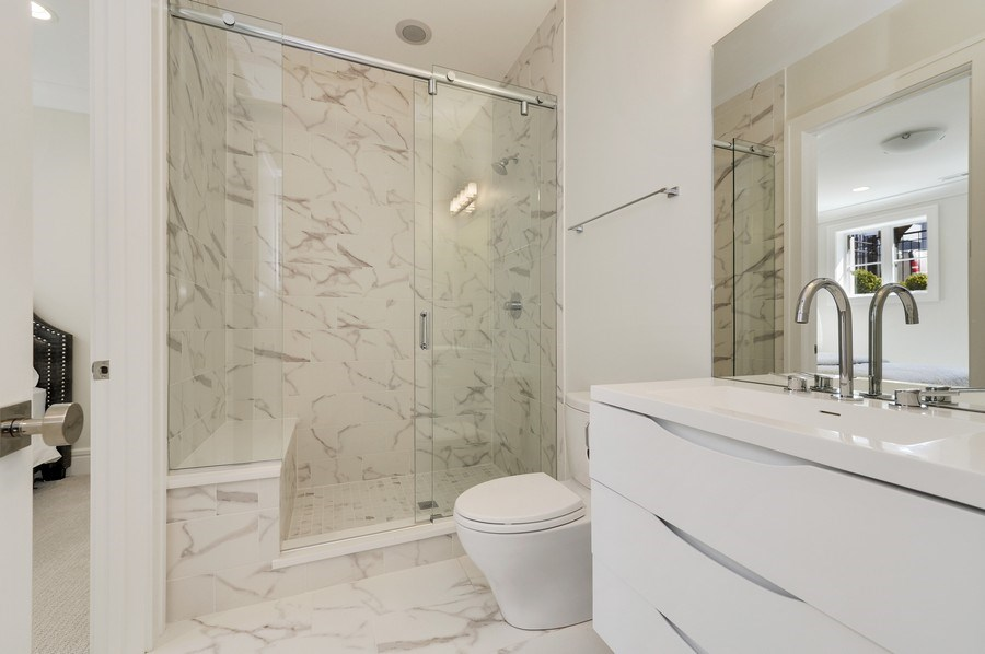 Real Estate Photography - 1823 N Bissell, Chicago, IL, 60614 - 5th Bathroom