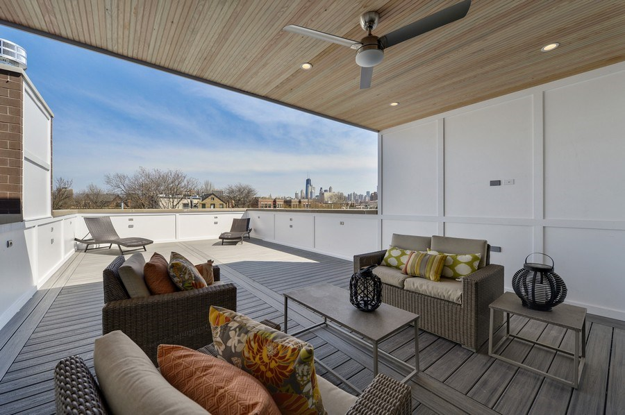 Real Estate Photography - 1823 N Bissell, Chicago, IL, 60614 - Roof Deck