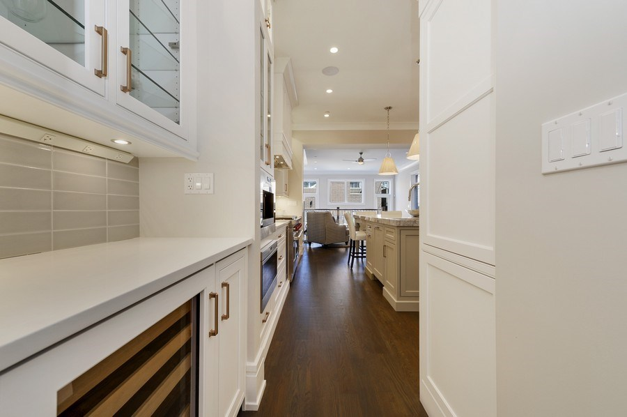Real Estate Photography - 1823 N Bissell, Chicago, IL, 60614 - Butler's pantry