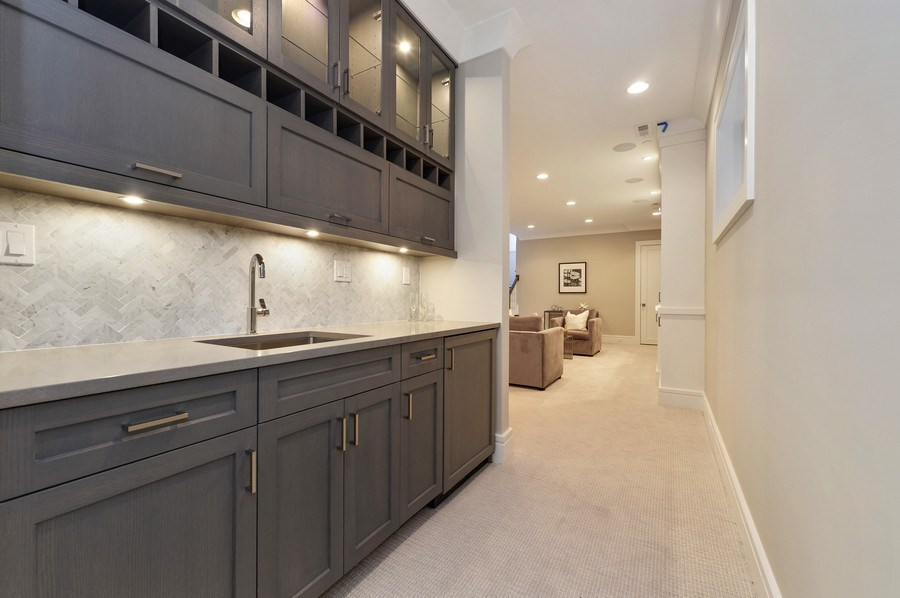 Real Estate Photography - 1823 N Bissell, Chicago, IL, 60614 - Bar
