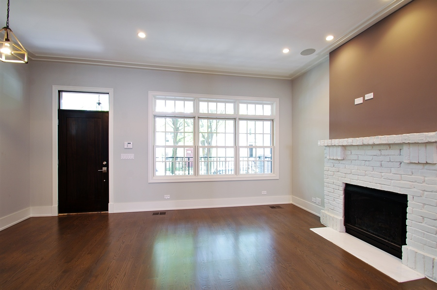 Real Estate Photography - 2024 W Melrose, Chicago, IL, 60618 - Living Room
