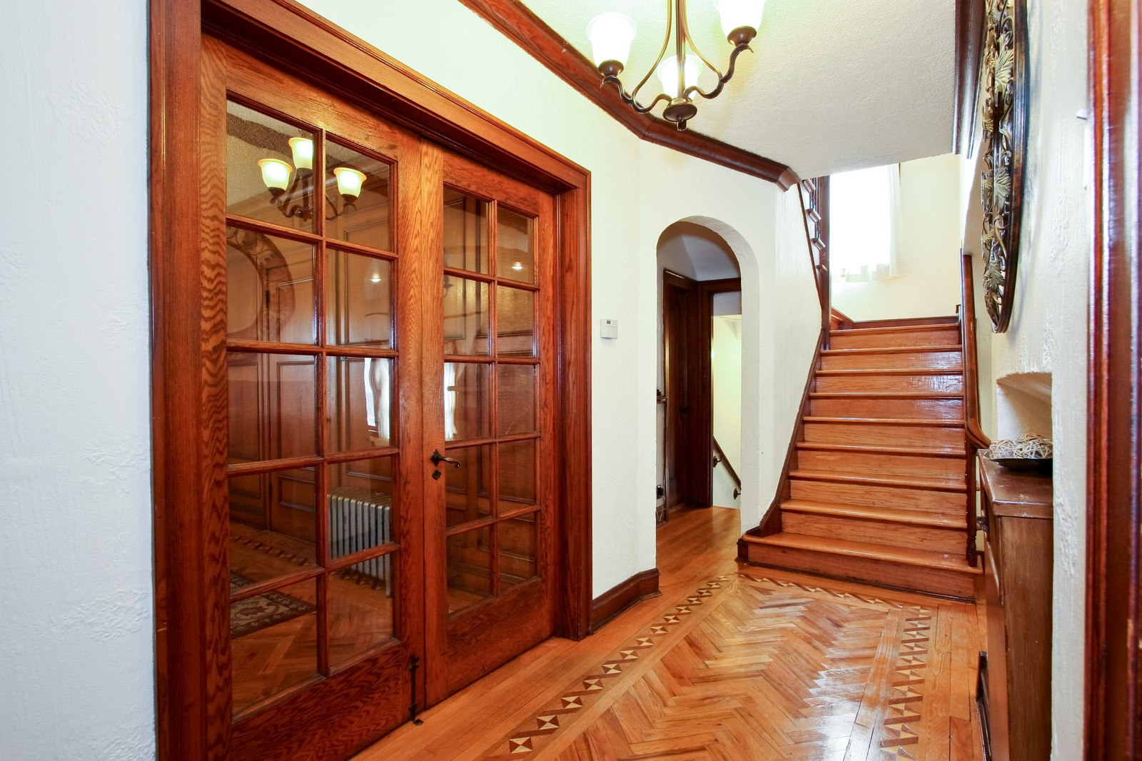 Real Estate Photography - 9001 S. Bell Ave., Chicago, IL, 60643 - Foyer