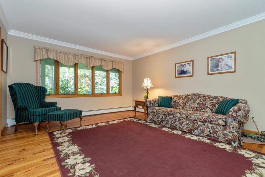 Real Estate Photography - 3 Debbie Court, E. Setauket, NY, 11733 -