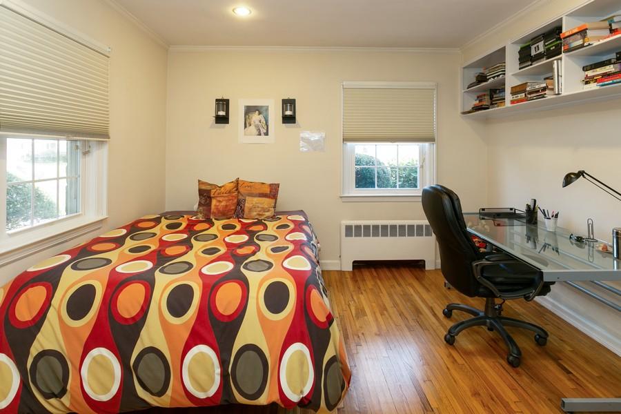 Real Estate Photography - 257 Waverly Ave, East Rockaway, NY, 11518 -