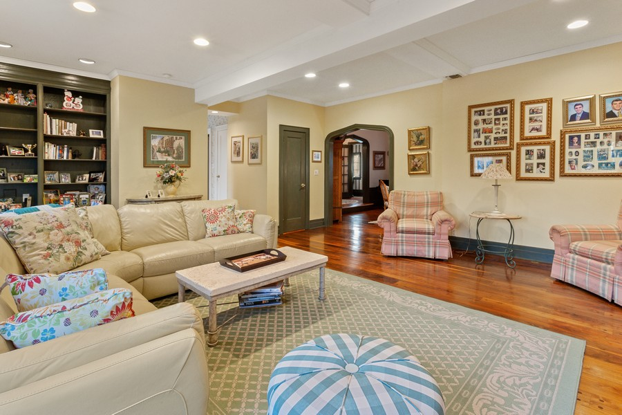 Real Estate Photography - 91 Stratford Rd, Rockville Centre, NY, 11570 -