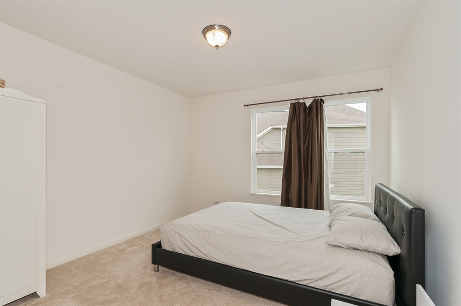 Real Estate Photography - 227 Norway Dr, Bartlett, IL, 60103 - 2nd Bedroom