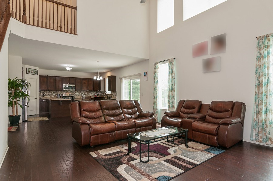 Real Estate Photography - 227 Norway Dr, Bartlett, IL, 60103 - Family Room