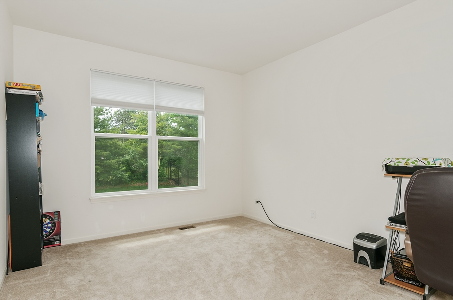 Real Estate Photography - 227 Norway Dr, Bartlett, IL, 60103 - Office