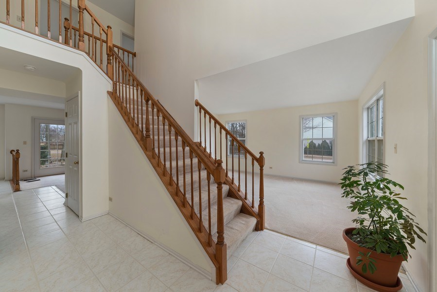 Real Estate Photography - 175 Meadowview Ln., Aurora, IL, 60502 - Foyer