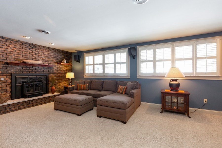Real Estate Photography - 4N621 Deerslayer, Elburn, IL, 60119 - Family Room