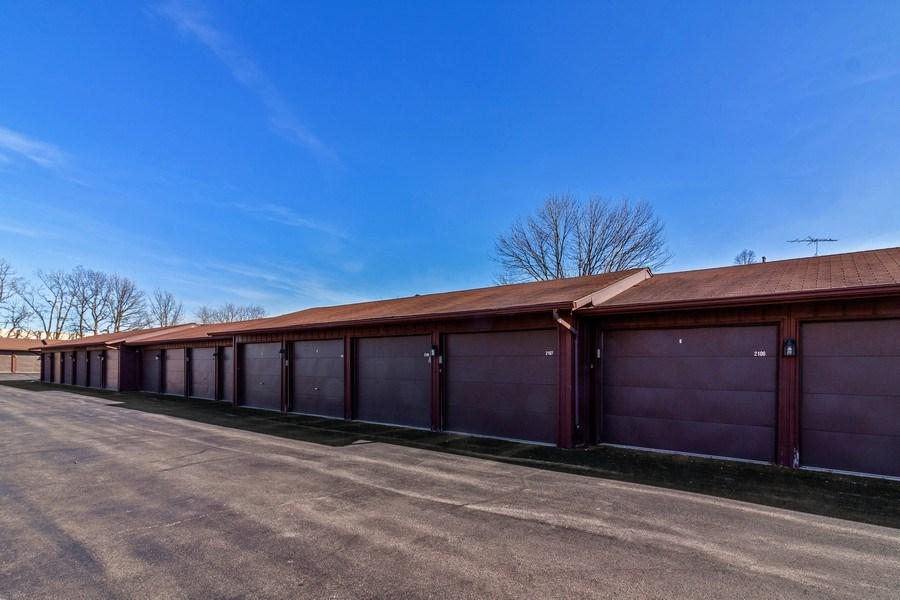 Real Estate Photography - 2212 Wharf Dr Apt 2107, Woodridge, IL, 60517 - Garage
