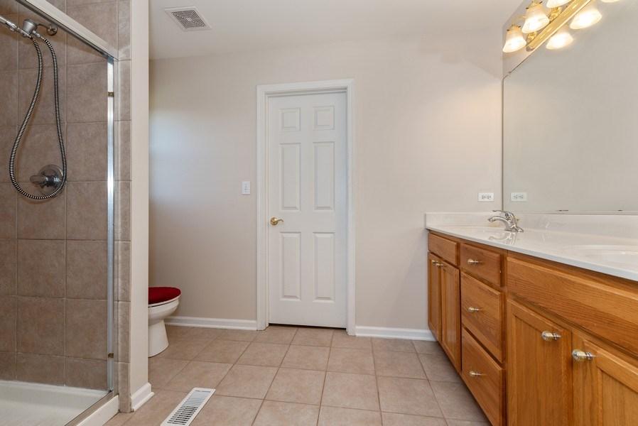 Real Estate Photography - 141 Hearthstone Dr, Bartlett, IL, 60103 - Master Bathroom