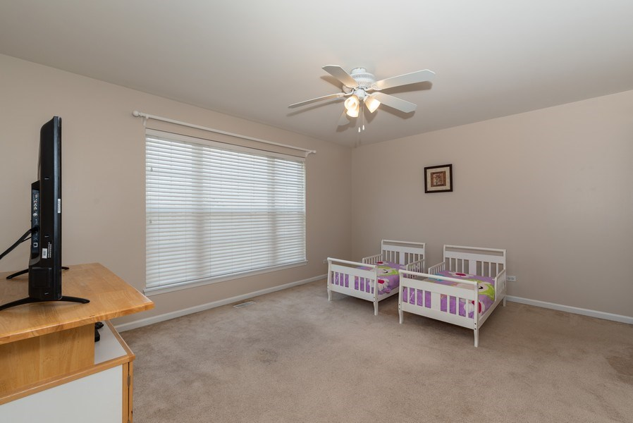 Real Estate Photography - 141 Hearthstone Dr, Bartlett, IL, 60103 - 2nd Bedroom