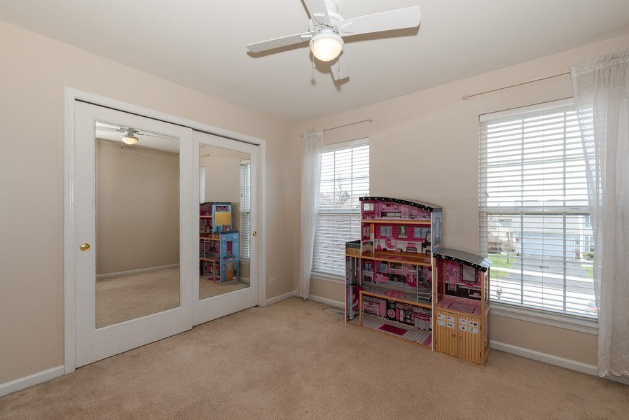 Real Estate Photography - 141 Hearthstone Dr, Bartlett, IL, 60103 - 3rd Bedroom