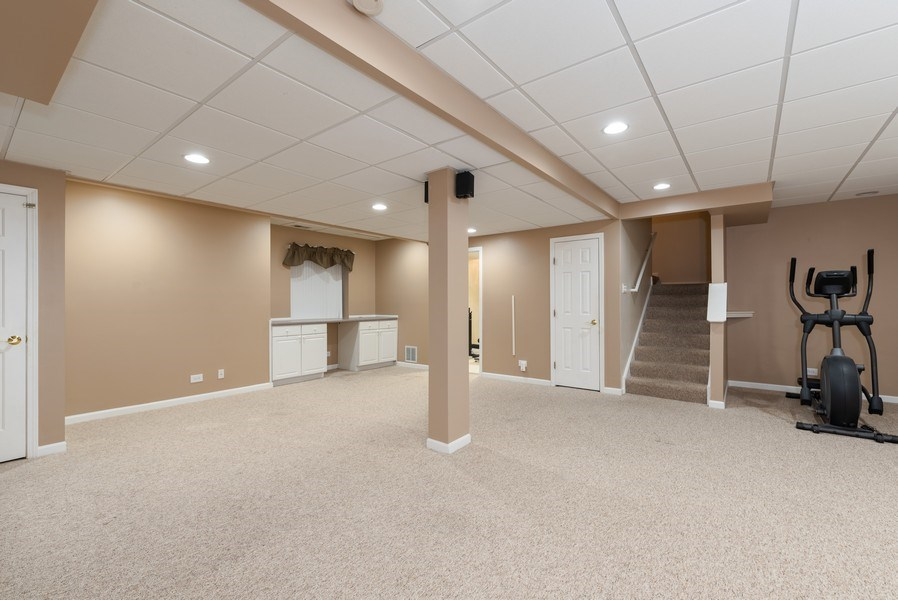 Real Estate Photography - 141 Hearthstone Dr, Bartlett, IL, 60103 - Recreational Room